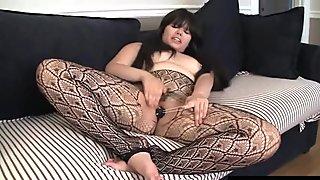 Chubby Asian Hermine Masturbating