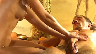 Amazing Blonde Gives Sensual Massage