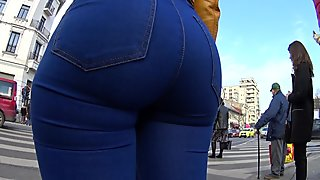 PAWG GORGEOUS BRUNETTE PAINTED ON JEANS