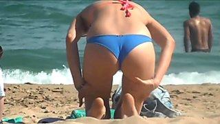 Horny Bikini babes hidden cam voyeur HD Video