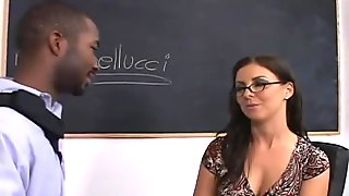 Substitute teacher turns out to be a whore