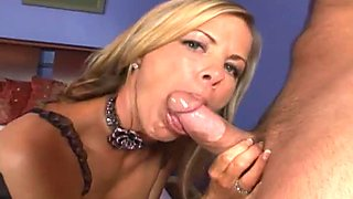 Next Door Mommies: Blonde milf cummed over her ass