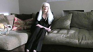 FakeAgentUK Web cam girl tries hardcore porn