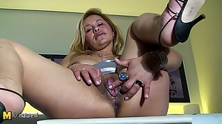 Latin mature mother dreaming of young cock