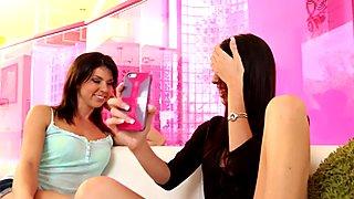 Cute Tara fucks her busty stepsister Dava