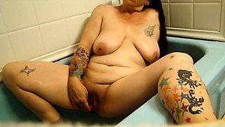 fucking myself in bath.pussy.anal