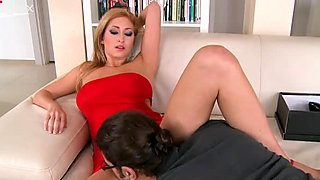One guy can savor the delicious cunt of stunning babe Karina Shay