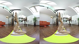 Naughty Yoga With Alexis - VR Porn