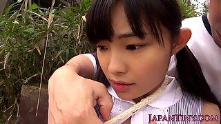 Tiny japanese babe fingerfucked outdoors