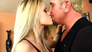 Lovely busty blondie Jessa Rhodes gains pleasure by sucking a fat tool