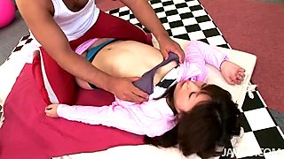 Voluptuous chick Nozomu Onuki gets her bearded clam eaten