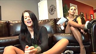 Babysitter gives a pantyhose footjob