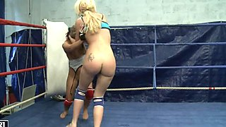 Anita Hengher and Bianca Arden sixty nine in the ring